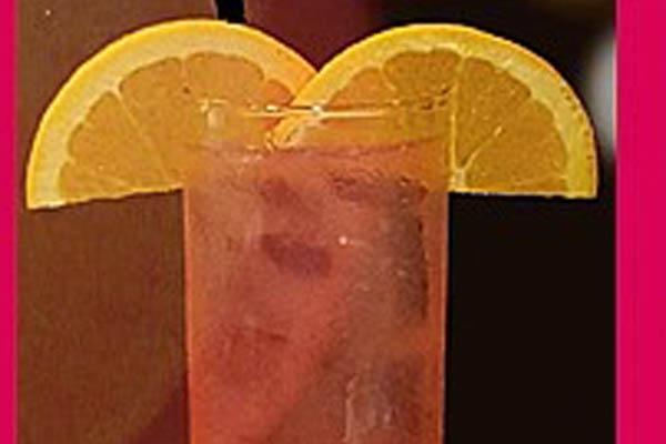 Hakunah My Ta-tas cocktail